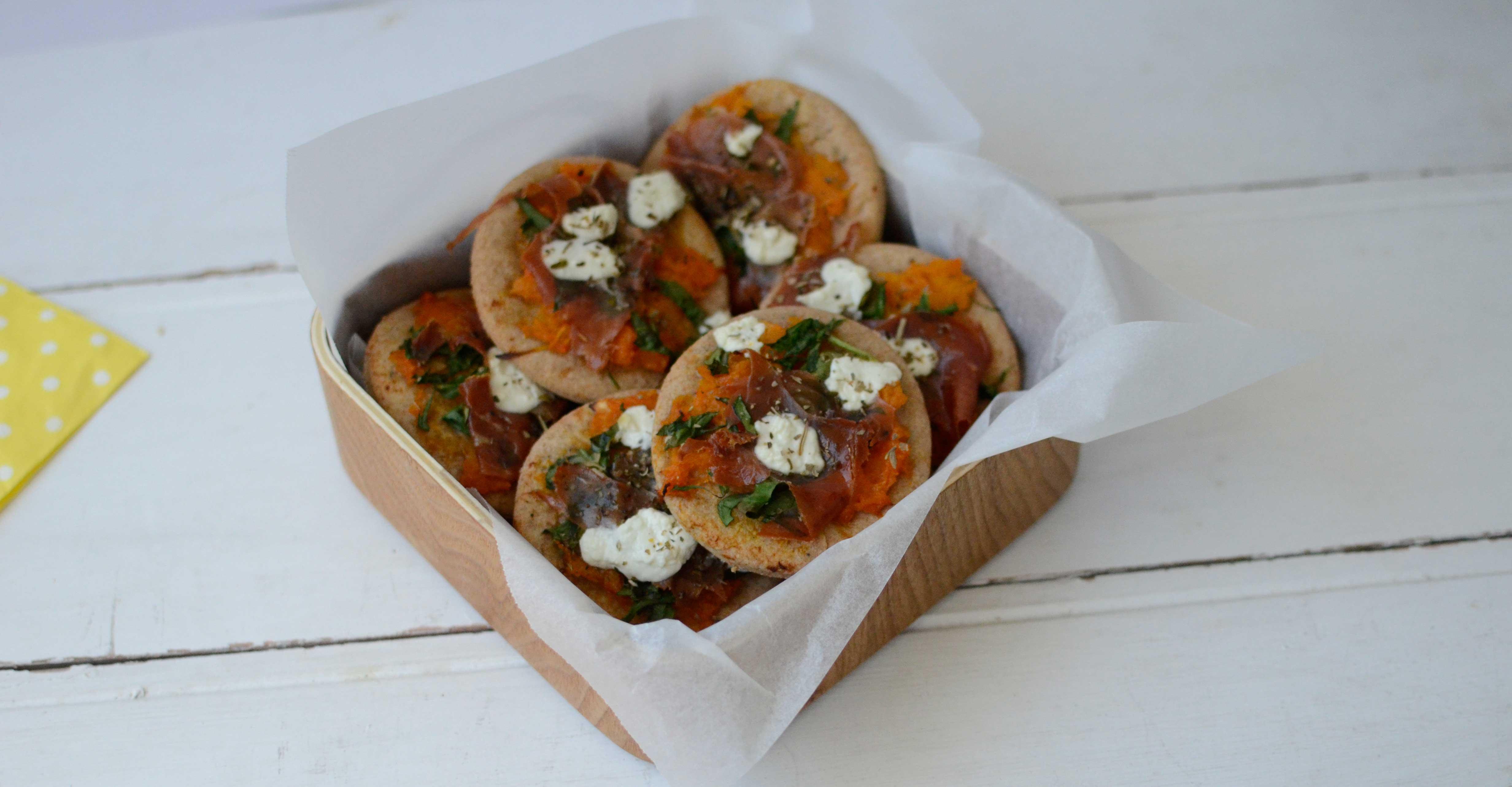 Recipe: Mini Pizzas