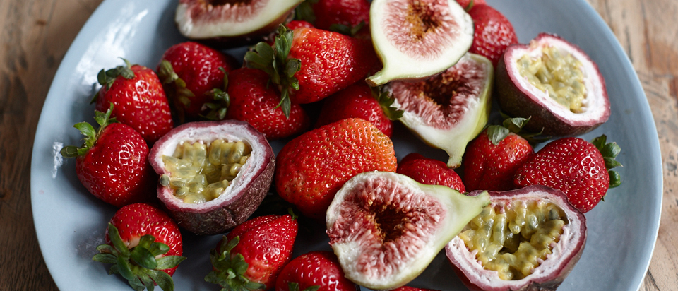 Healthy Snacks To Carry In Your Handbag