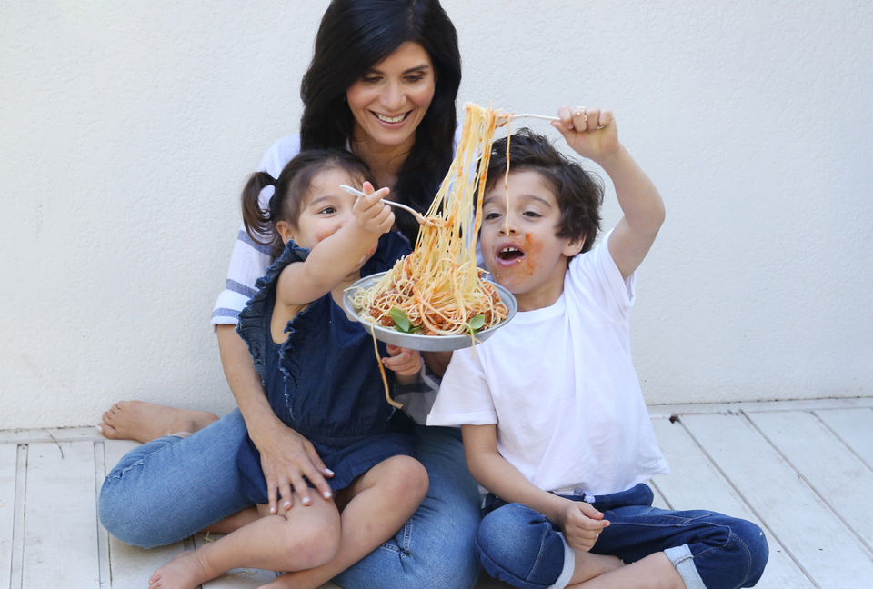 How To Raise a Wholesome Child& Combat Fussy Eating