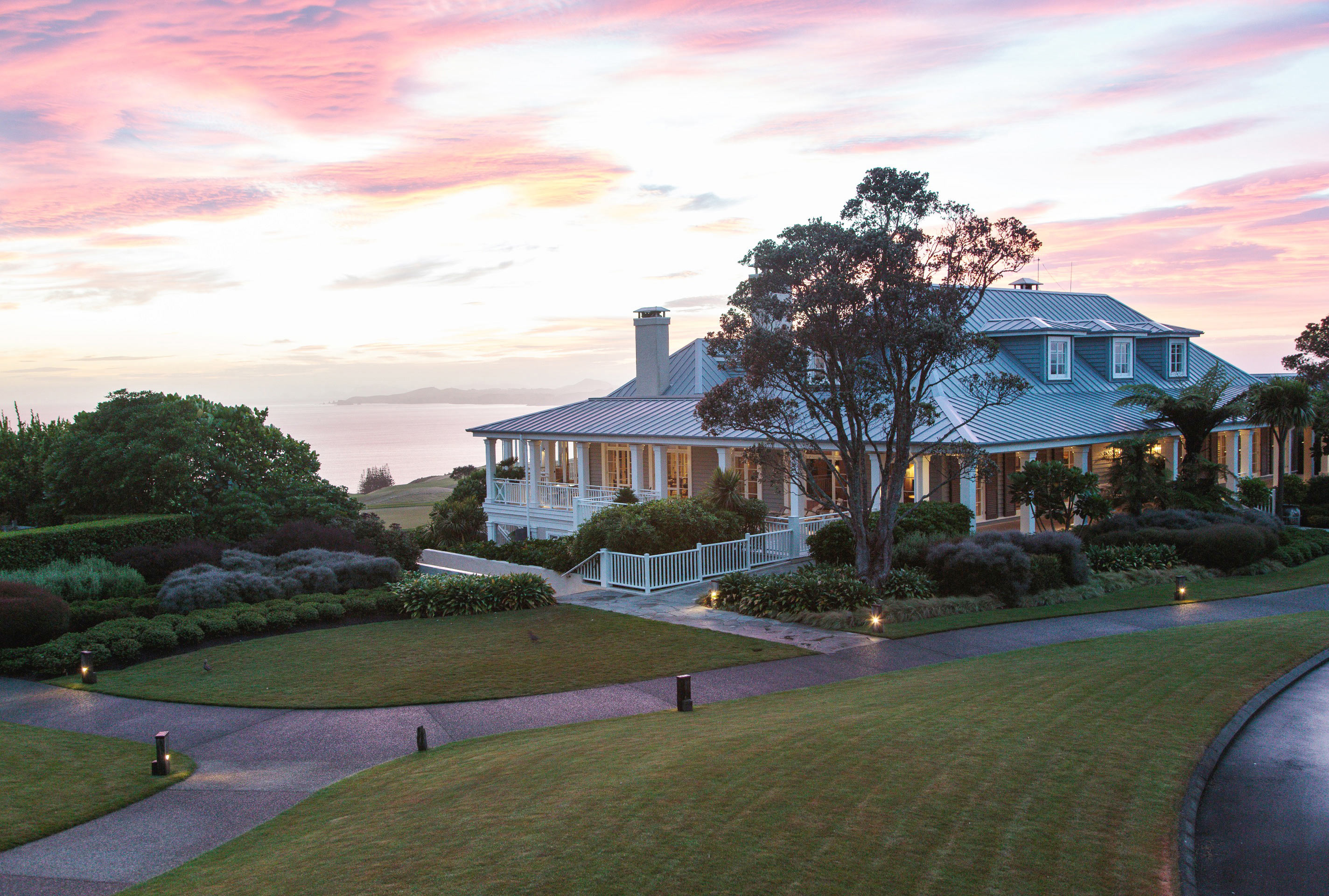 Welcome To Kauri Cliffs: One Of New Zealand's Most Exclusive Getaways