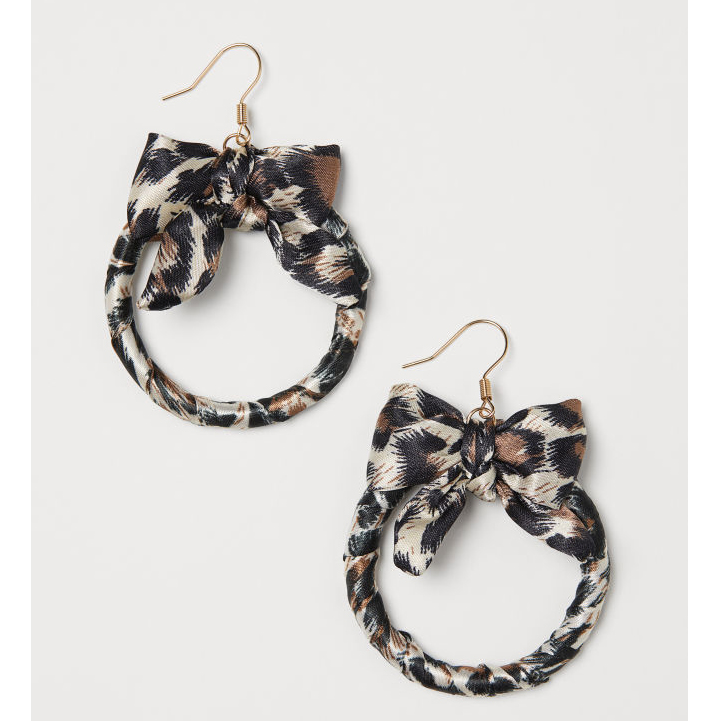 H&M Earrings with a bow £8.99