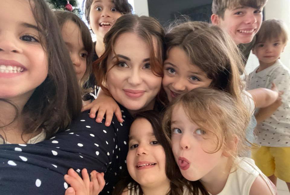 What Life is Like in Lockdown For Kim Tucci, a Mum of Eight (including Four-year-old Quins)