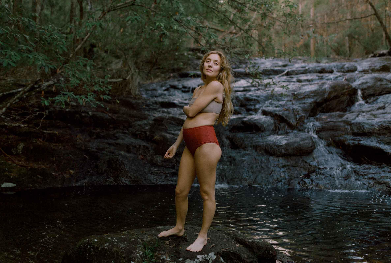 Ella McCabe Barton on Pregnancy, Podcasts & Practising Yoga